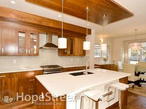 Luxurious 4 Bedroom Duplex for Rent in Killarney
