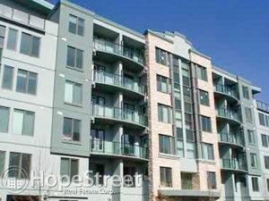 Stunning Large 2 Bedroom Condo in the Heart of Mission