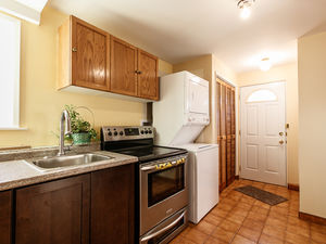 (easyrent.ca) Charming 1 Bed, 1 Bath Garden Level Suite! Available NOW!