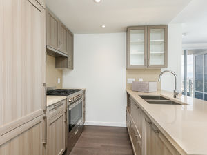 (easyrent.ca) Brand New & Modern 2 Bed + Flex with Views! Avail NOW!