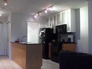 (easyrent.ca) Yaletown Studio w/ City Views @ Eden! Avail August 1st!