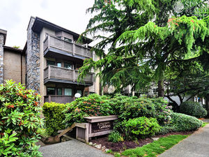 Kitsilano Furnished PH w/ Fireplace & Balcony @ Kingston Gardens (404)