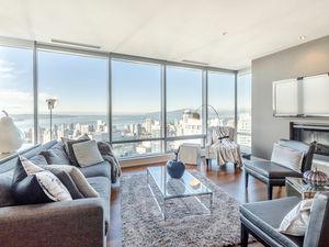 SHANGRI-LA top of the world & super fabulous FULLY FURNISHED luxe deluxe 2bd+2bth+2pkg+lkr SEPTEMBER 1st