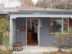 Beautiful Bungalow in St. Andrews Heights