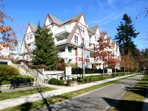 Middlegate 786sf 2 Bed 1 Bath Condo w/ Balcony @ Carmel in The Village