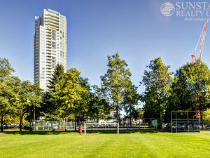 Metrotown 2 Bed 2 Bath Condo w/ Balcony & Stunning Views @ Chancellor