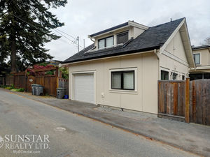 West Point Grey 1 Bedroom 550sf 2 Level Laneway House w/ Balcony