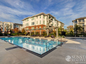 West Cambie 1 Bed Condo w/ Large Balcony & Air Cond @ Mayfair Place