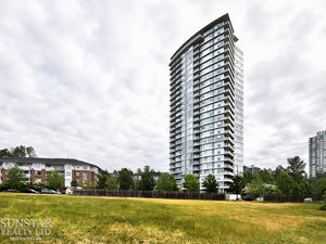 Brentwood Park 2 Bed Condo w/ Fireplace & Balcony @ Watercolours