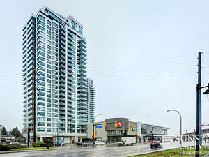 Burquitlam 1025sf 2 Bed 2 Bath Sub PH w/ 540sf Deck @ UPTOWN 1